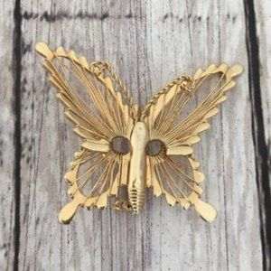Vintage Gold Tone Butterfly Brooch Intricate Wings